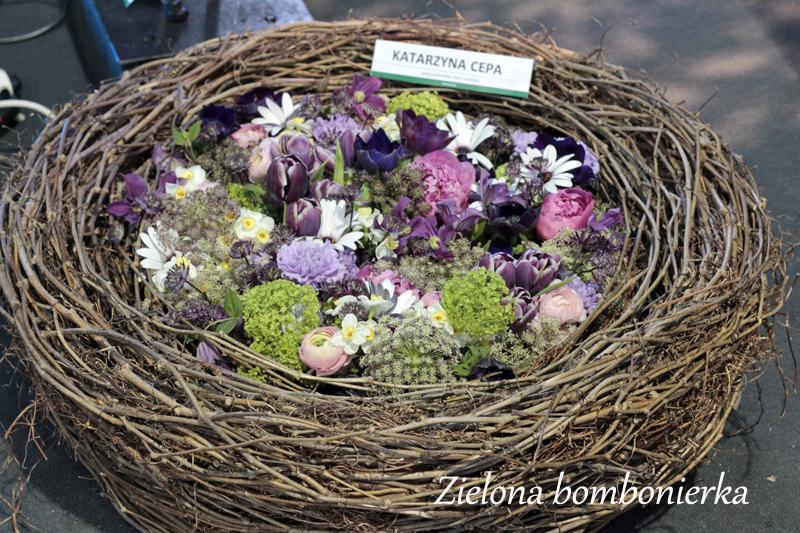Wielkanocne dekoracje kwiatowe